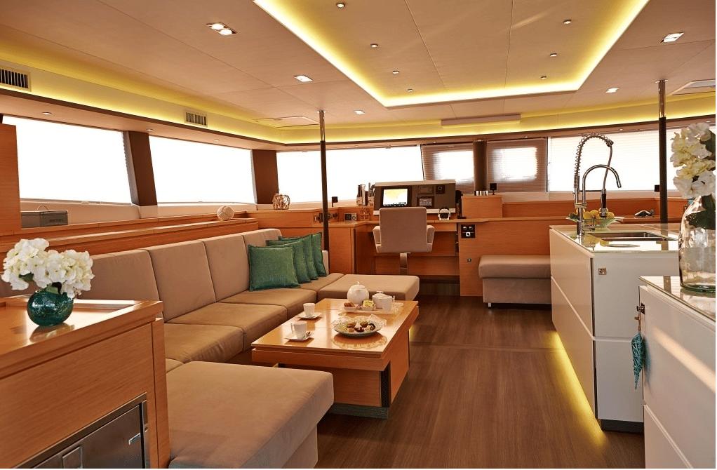 Spacious relaxing salon on Fountain Pajot catamaran Lir
