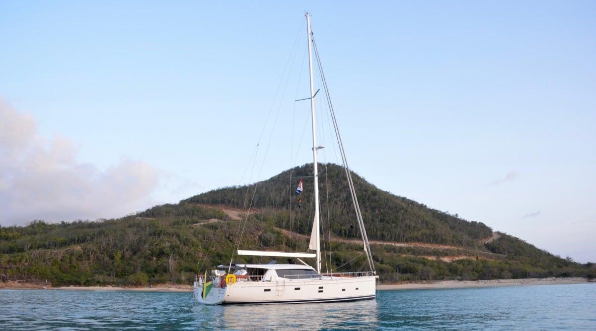 Sailing Yacht 'MOJEKA' Beautiful yacht - beautiful anchorage, 6 PAX, 2 Crew, 56.00 Ft, 17.00 Meters, Built 2014, MOODY
