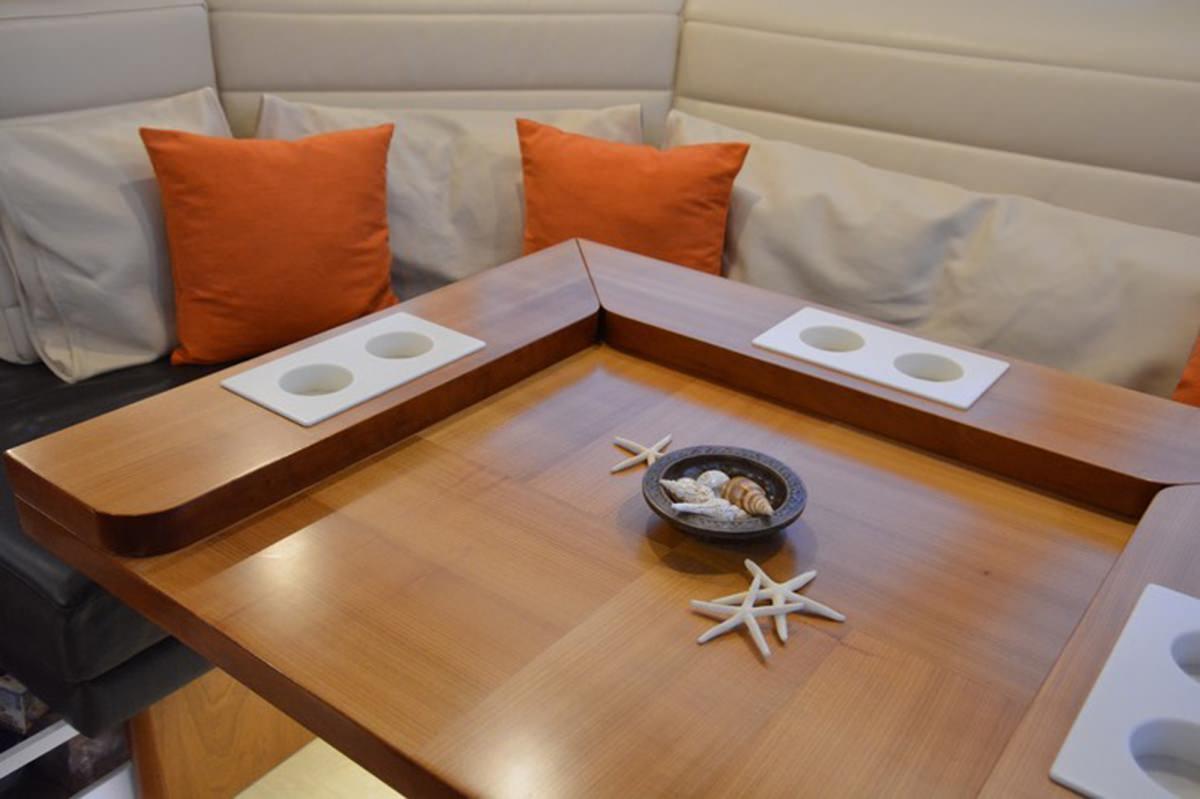 Sailing Yacht 'MOJEKA', 6 PAX, 2 Crew, 56.00 Ft, 17.00 Meters, Built 2014, MOODY