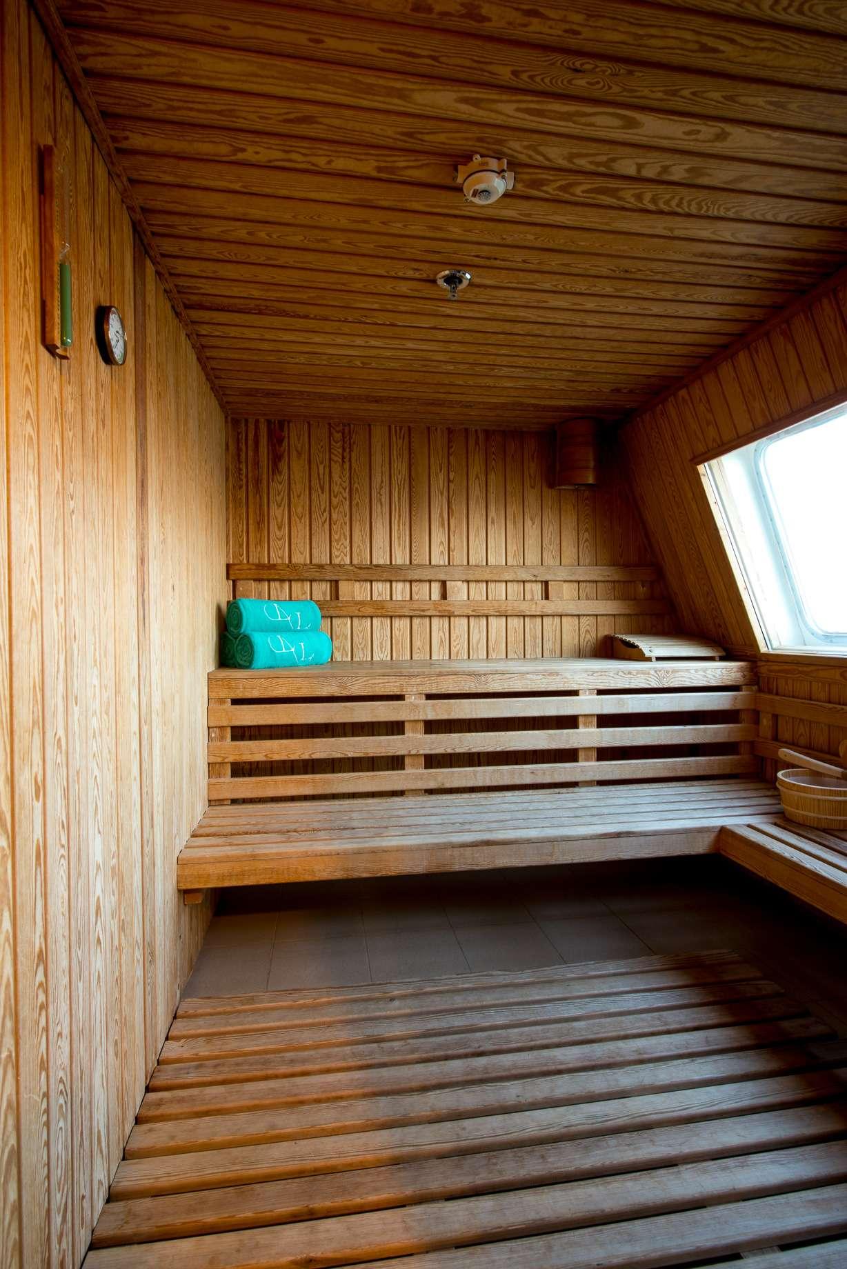 Motor Yacht 'LAUREN L' Sauna, 40 PAX, 295.00 Ft, 90.00 Meters, Built 2002, Cassens Werft, Refit Year 2008/2015