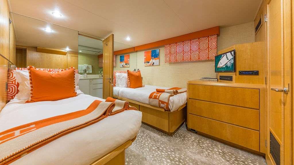 Motor Yacht 'ALEXANDRA JANE' Twin Guest Stateroom 2, 10 PAX, 4 Crew, 110.00 Ft, 33.00 Meters, Built 1995, Broward, Refit Year 2019