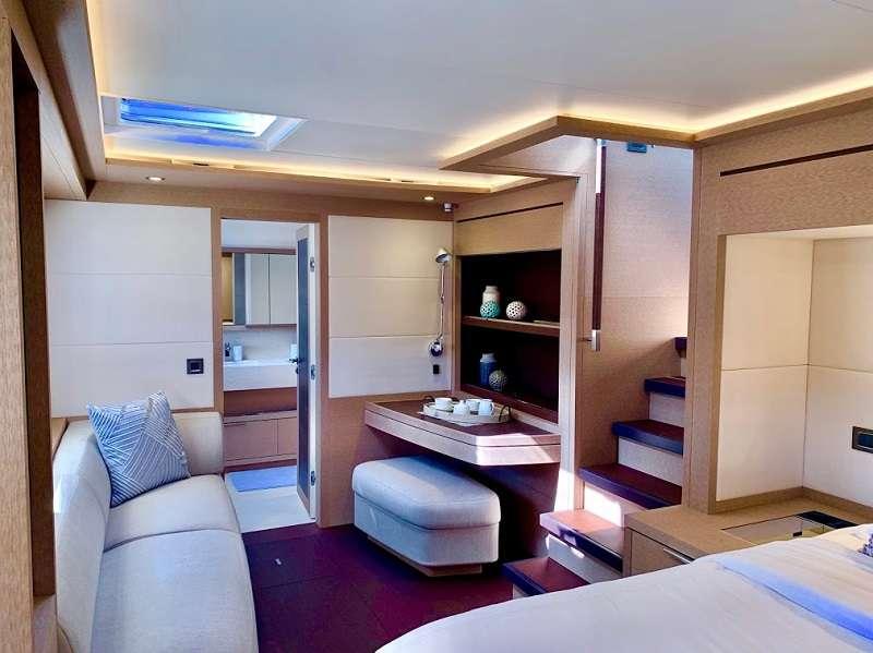 Catamaran Yacht 'TELLSTAR' Master seating area, 8 PAX, 4 Crew, 77.00 Ft, 23.00 Meters, Built 2019, Lagoon