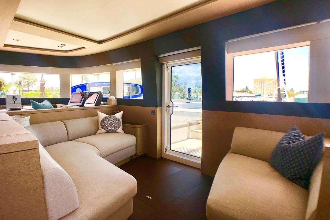 Catamaran Yacht 'TELLSTAR' Interior dining, 8 PAX, 4 Crew, 77.00 Ft, 23.00 Meters, Built 2019, Lagoon