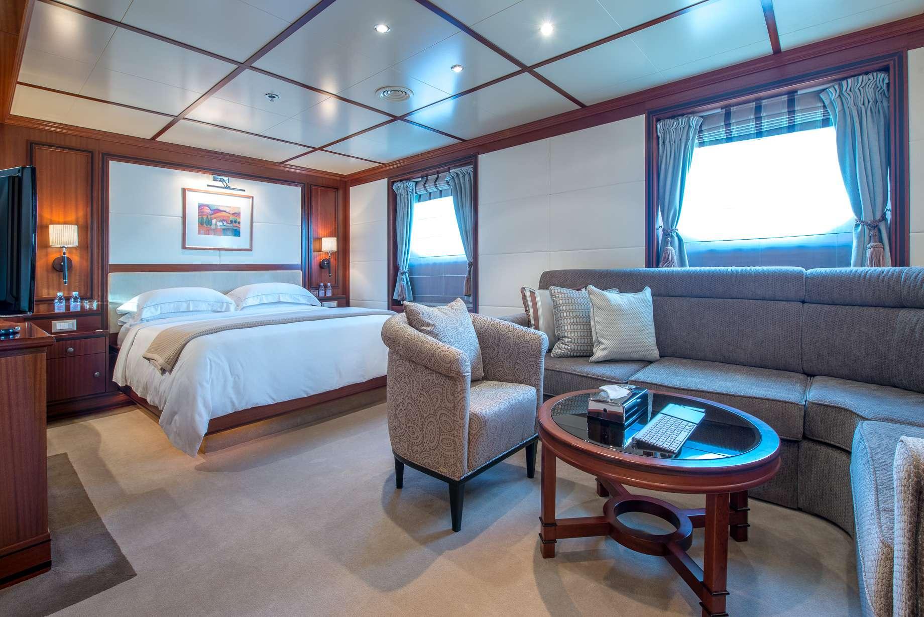 Motor Yacht 'LAUREN L' Excutive Cabin, 40 PAX, 295.00 Ft, 90.00 Meters, Built 2002, Cassens Werft, Refit Year 2008/2015