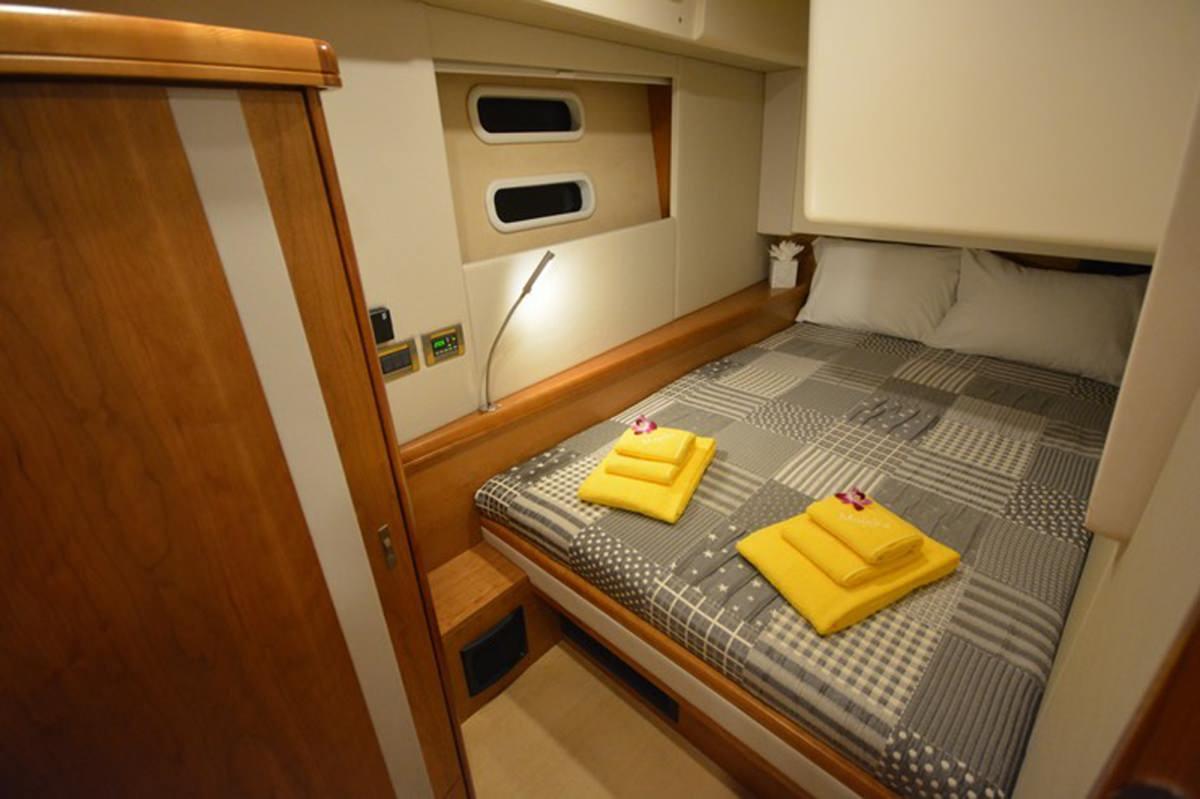 Sailing Yacht 'MOJEKA' VIP Stateroom, 6 PAX, 2 Crew, 56.00 Ft, 17.00 Meters, Built 2014, MOODY