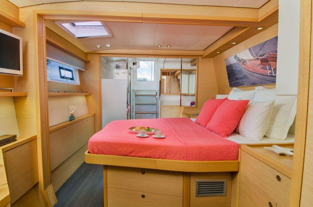 Catamaran Yacht 'ALTESSE' Aft starboard guest suite, 8 PAX, 2 Crew, 56.00 Ft, 17.00 Meters, Built 2013, Lagoon, Refit Year 2019