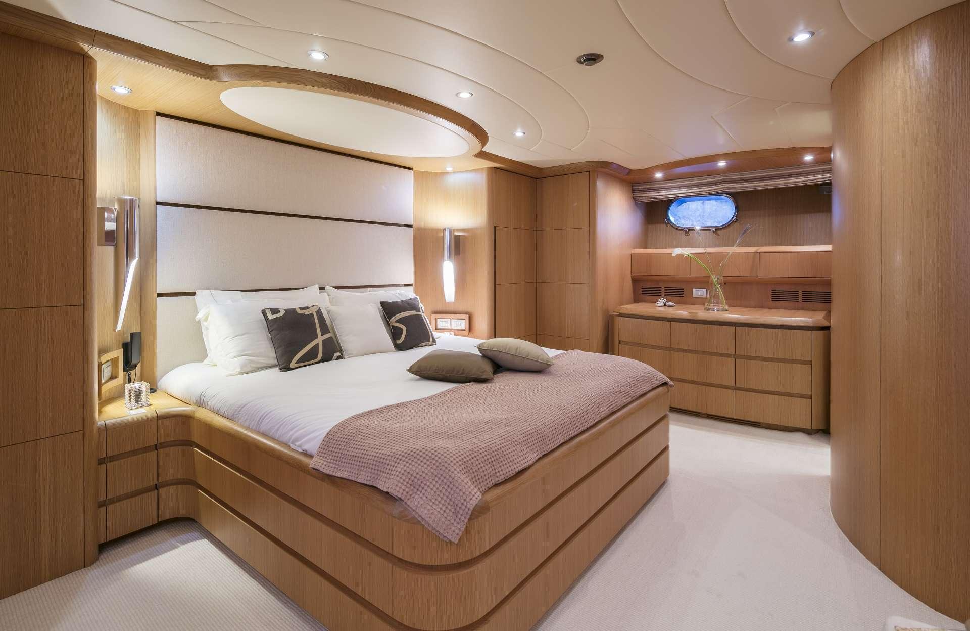 Motor Yacht 'PARIS A' VIP Suite 1, 12 PAX, 6 Crew, 115.00 Ft, 35.06 Meters, Built 2009, Majora, Refit Year 2013
