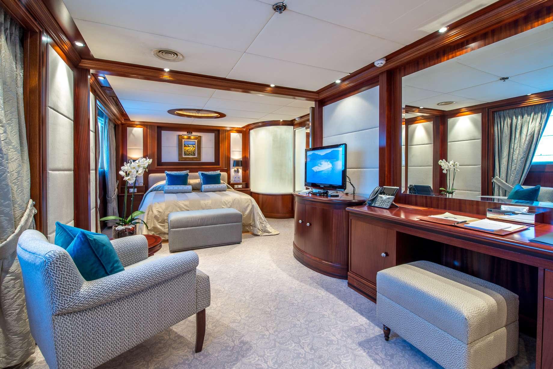Motor Yacht 'LAUREN L' VIP Cabin, 40 PAX, 295.00 Ft, 90.00 Meters, Built 2002, Cassens Werft, Refit Year 2008/2015