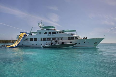 Sweet Escape Motor Yacht Charter
