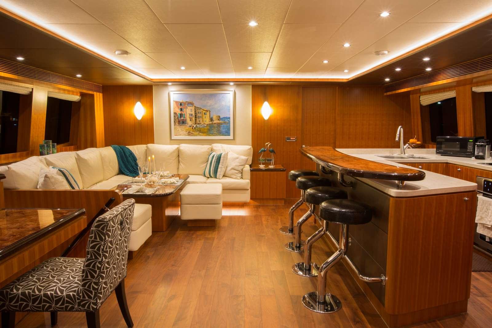 Catamaran Yacht 'SEA BOSS', 6 PAX, 2 Crew, 60.00 Ft, 18.00 Meters, Built 2016, Horizon