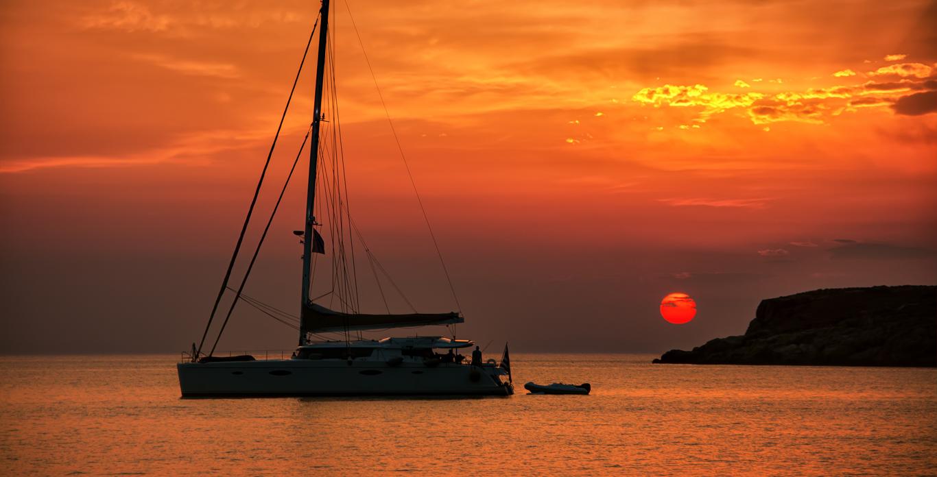 Αποτέλεσμα εικόνας για sunset with a sailing yacht in corfu