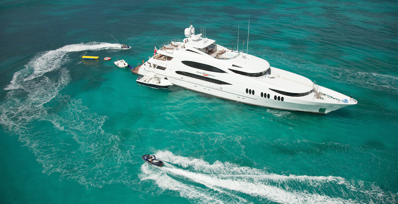 6 Best Things To Do on a Bahamas Power Yacht Charter