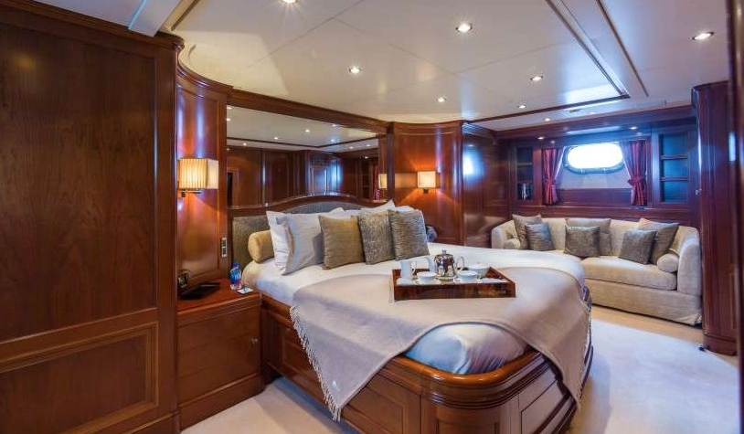 Stateroom on St. Thomas Motor Yacht Charters